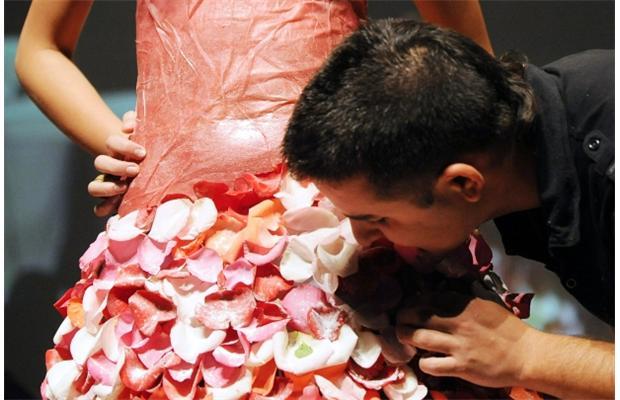 Robes de mariées en pétales de sucre